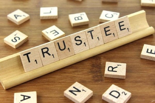 US Wills and Trusts - Trustee